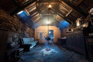 Arnol Blackhouse interior